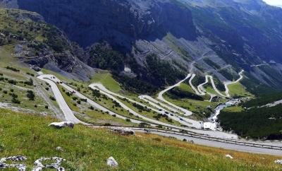 Stelvio Pass - Przełęcz w Alpach