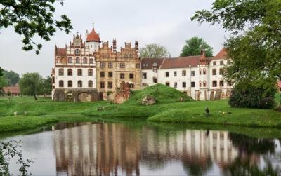 Zamek Basedow - Niemcy