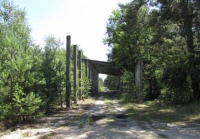 Fabryka materiałów wybuchowych - Brożek, Zasieki